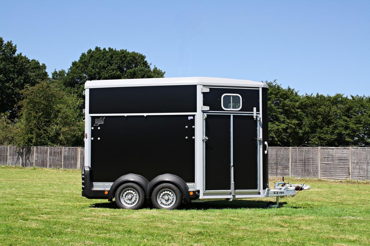 Ifor Williams Hb506 Horse Trailer Black