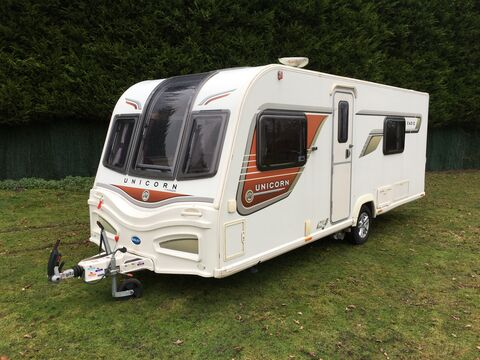 Photo of Used Bailey Unicorn S2 Cadiz - 2013 Caravan - 4 Berth Twin Fixed Single Beds