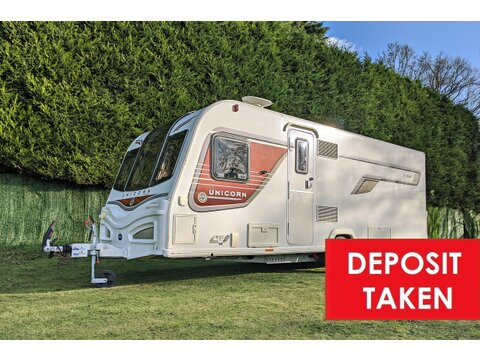 Photo of Bailey Unicorn S2 Vigo - 2014 Caravan - 4 Berth Side Island Bed