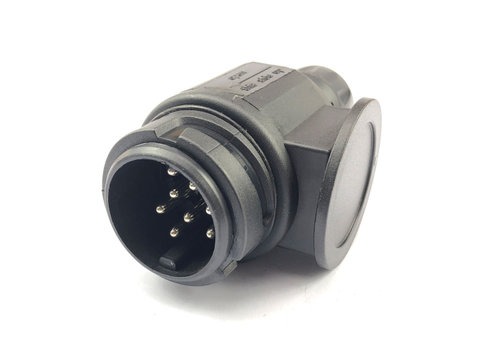 Photo of 13 / 8 Pin Plastic Trailer Plug
